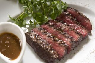 オールデイ ダイニング - シェフのおすすめ牛肉のグリル