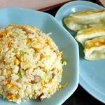 珍来軒 - ラーメンセットのチャーハンと餃子