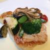 Sutekihausuzonjiyasu - 料理写真:白身魚のポワレ