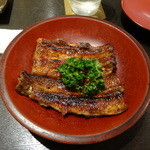 Kawayodo - 蒲焼きの大串