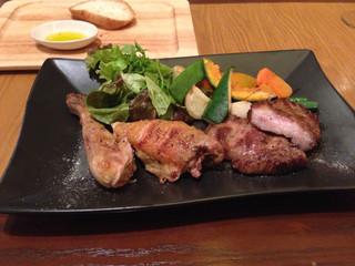 トラットリア コダマ - 熟成肉2種類盛り