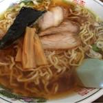 中華そば マル真 - 醤油 太麺 650円