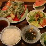 与里道 - 天ぷら定食