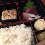 経堂らかん茶屋 - 太刀魚と刺身850円 Jan, 15