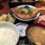 経堂らかん茶屋 - 鰈の唐揚げと刺身 850円 Oct, 14