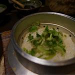 37627442 - ホタテと山菜の釜飯