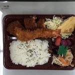 肉の森田屋 - 料理写真:海老カツ弁当