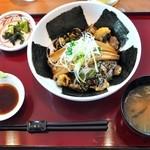 レストランドルフィン - しながわ丼¥1153(味噌汁・御新香付)