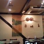 ベトナム料理専門店 サイゴン キムタン - 内観