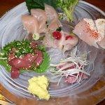 播州地鶏焼鳥 元気 - 元気コースです。元気コースは地鶏の造りと焼鳥が7本のセットコースです。まずは造りからです。