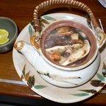 播州地鶏焼鳥 元気 - 松茸どびんむしです。中国産の松茸らしいですが香ばしくって美味しかったです。そしてダシが美味しいかったです。