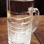 野崎肉店食事処 - 2度注ぎ生ビールのエンジェルリング