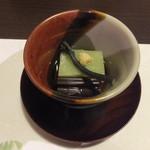 37636457 - 長蕨のお浸し 雲雀豆富 美味出汁