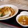 五十五番 - 料理写真:中華飯・・・醤油の焦げた風味の効いた熱々の一品でした。