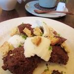 37637768 - 5月限定 冷たいチョコレート&レーズンケーキとフロマージュブランのアイス・・・長い・・・(- -;