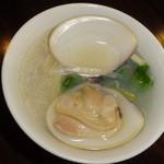 37638887 - ハマグリのスープ麺