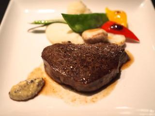 ラ カーブ ド ナガフサ - 牛ヒレのステーキ