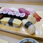 丸仙 - 料理写真:にぎりの松(2200円)