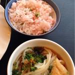 スラローム - 桜海老ご飯、きつねうどん