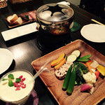 eat 産直野菜とブランド豚工房 - オイルフォンデュ