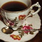 荻窪珈琲店 - ジノリのカップで