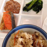 スラローム - 炊き込み御飯とご飯のお供