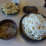 粉家 - 豚肉ごま汁うどん(600円)+かき揚げ+きんぴら=800円