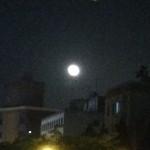 37657588 - 川際駅前に輝くお月様