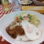 洋食家がじゅまろ - 料理写真:ロコモコ丼デミソース
