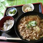 マロニエ - 牛肉うどん定食 1080円