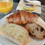 37662460 - パン&エシレバター&フレッシュオレンジジュース