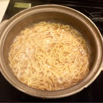 もつ鍋・水炊き 博多若杉 - 〆のチャンポン麺(付属)
