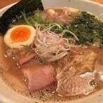ヌードルヤ MEーCHAーKUーCHA - 豚骨魚介ラーメン 700円