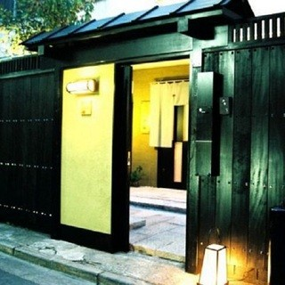 【大人の隠れ家】温かみのある個室、カウンター席