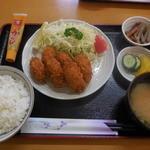みやけ島 - 料理写真:カキフライ6個 ¥790-
