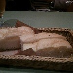 マンマパスタ - 自家製パンは食べ放題