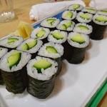 いち川 - 料理写真:かっぱ巻き。