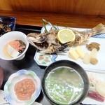 銀泉 - 焼魚定食1350円