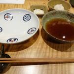 天ぷらチャンピオン - 塩、天つゆ、大根おろし