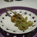 マスドラヴァンド - こしあぶらの天ぷら、豚足にきのこを加えた揚げ物