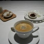 マスドラヴァンド - 珈琲と茶菓子