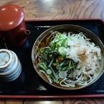 秘伝越前流手うちそば 池田のそば すいこう - 山菜そば720円