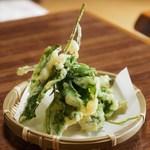 そば処 みちこ - 山菜天ぷら
