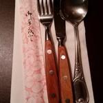 ステーキハウスニューテキサス - 食器たち