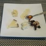イル カンティニエーレ - チーズ盛り合せ