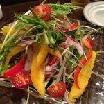 菊ノ屋 - 野菜いっぱいのサラダ