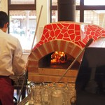 源流レストラン - ピッツァの窯があります!