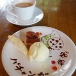 パチャンガ - 日替り手作りデザート3種盛(300円)ランチにプラス300円で追加することが出来ます