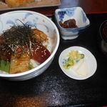 37694614 - 海鮮丼。1,500円