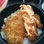 37694956 - 問題の魚天丼